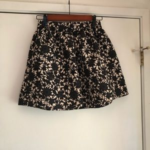 Frenchi Floral Tucked Mini Skirt Size S